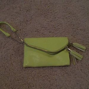 MAURICES LIME GREEN WRISTLET